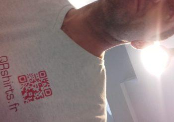 Le premier QRshirt !